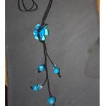 sautoir fleurs bleues