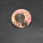 bague bouton bois rose spirales