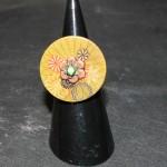 bouton bois fleurs