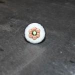 bague bouton blanc fleur et perle